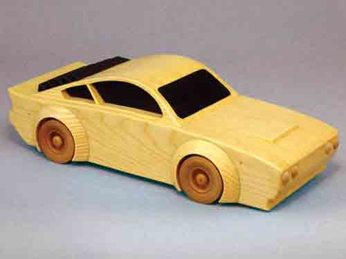 Woodworking store milwaukee wi wooden car plans ceiling for Toy garage plans free download