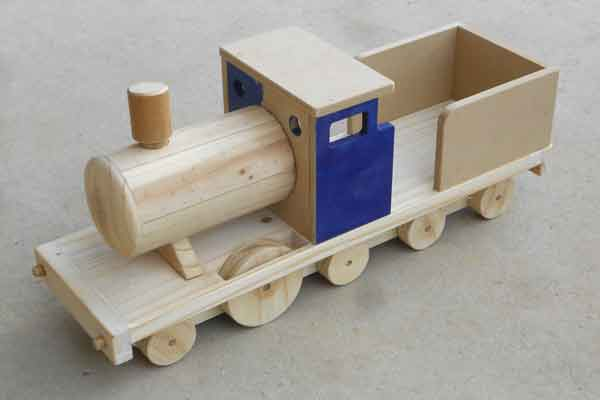 Wooden Toy Trains : Wooden toy train plans download print ready pdf