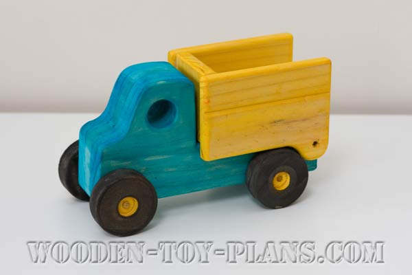 Woodworking Plans Toy Truck : Wooden truck plans free fun to build